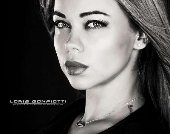 Nadine Lazareva By Loris Gonfiotti